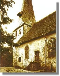 Historische Bild der St. Gangolf-Pfarrkirche in Hiddenhausen