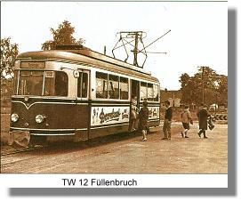 Der Triebwagen TW 12 an der Haltestelle Füllenbruch